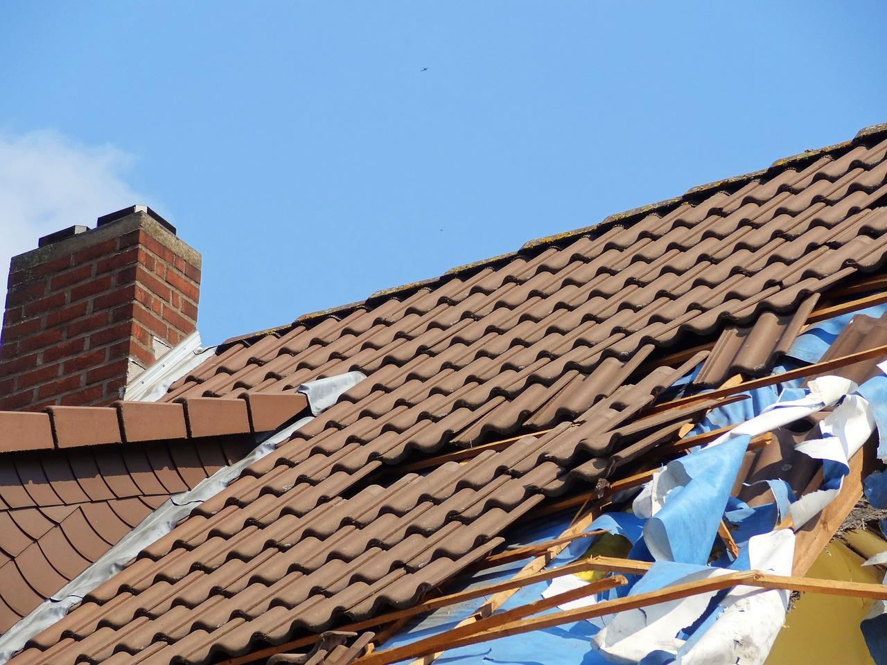 reparation-d-une-toiture-en-tuile